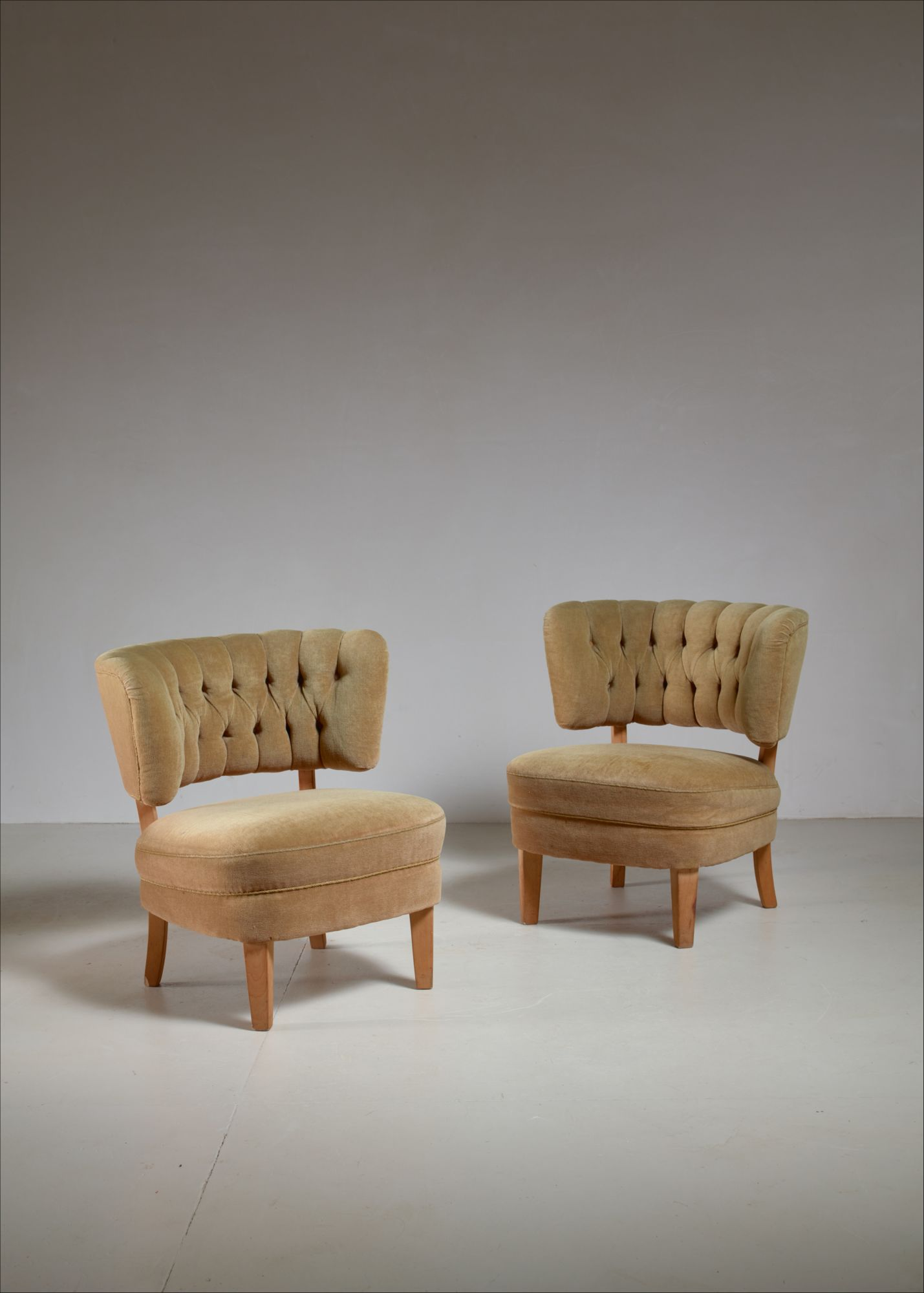 Awe Inspiring Otto Schulz Pair Of Lounge Chairs By Jio Mobler Sweden 1940S Spiritservingveterans Wood Chair Design Ideas Spiritservingveteransorg