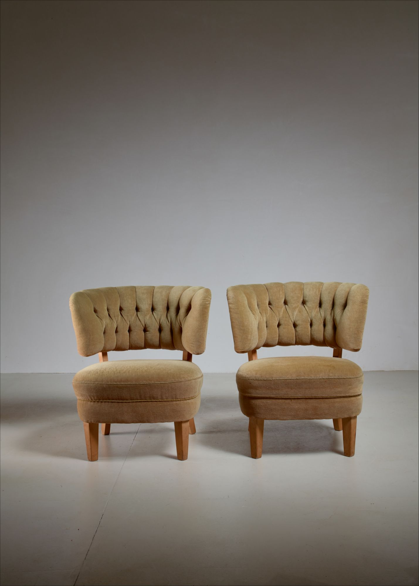 Swell Otto Schulz Pair Of Lounge Chairs By Jio Mobler Sweden 1940S Spiritservingveterans Wood Chair Design Ideas Spiritservingveteransorg