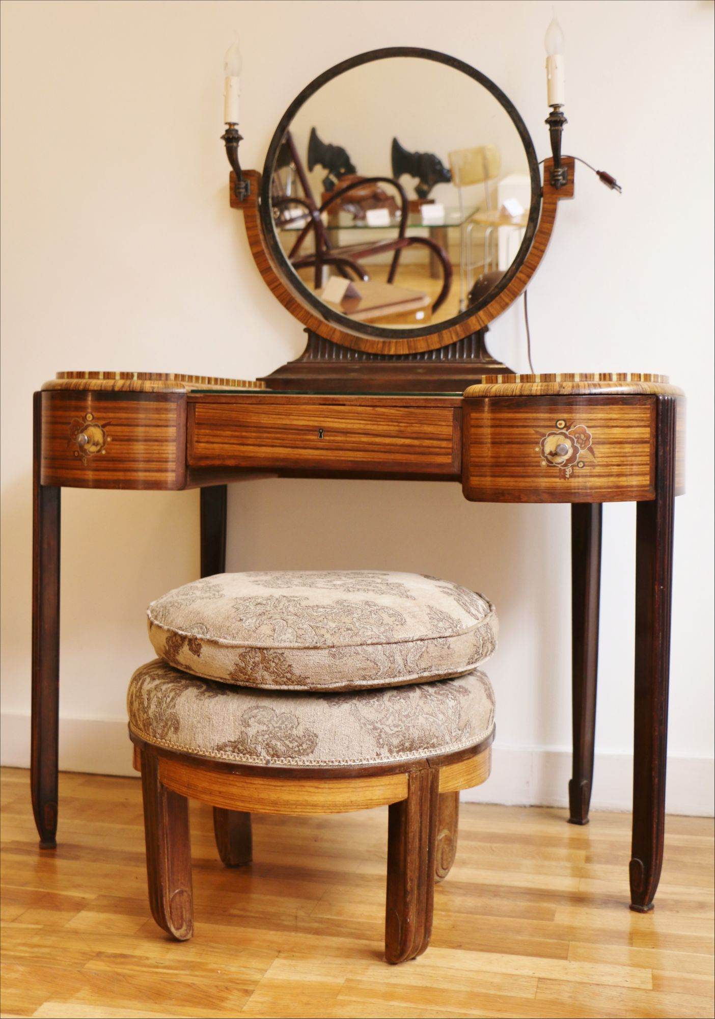 Outstanding Art Deco Dressing Table With Stool By Krieger Circa 1925 Gamerscity Chair Design For Home Gamerscityorg