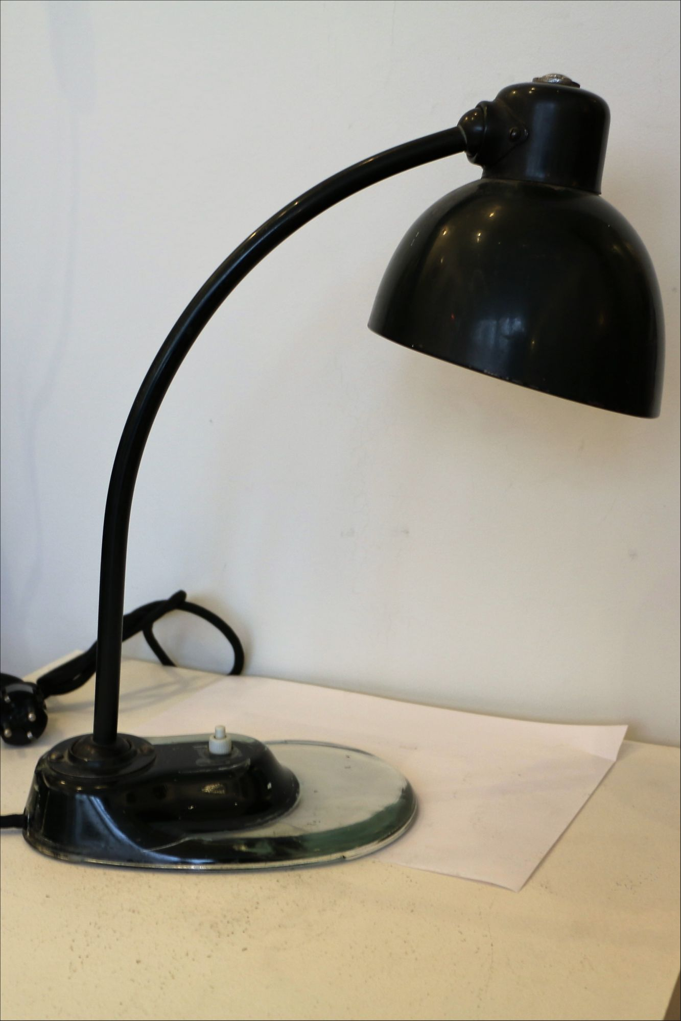 bauhaus desk lamp designed by marianne brandt 1930s. Black Bedroom Furniture Sets. Home Design Ideas