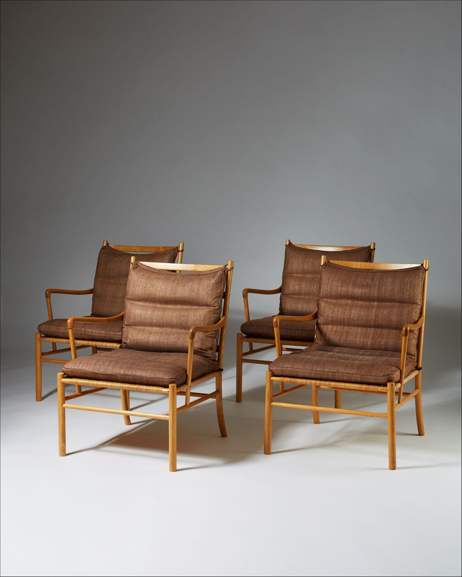 Superb Set Of Four Colonial Chairs Model Pj 149 Designed By Ole Ibusinesslaw Wood Chair Design Ideas Ibusinesslaworg