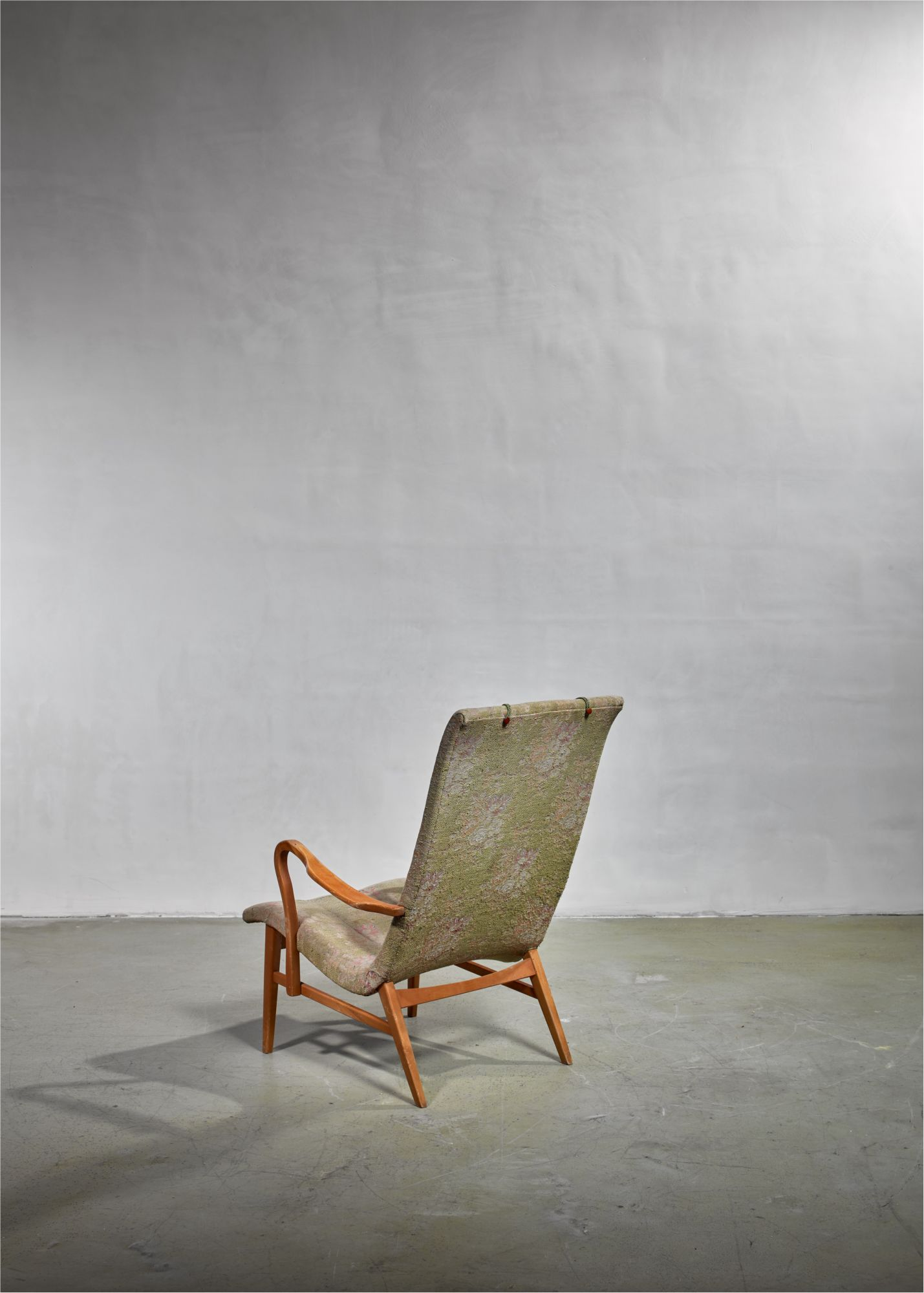 Terrific Carl Axel Acking Lounge Chair With Aged Floral Upholstery Squirreltailoven Fun Painted Chair Ideas Images Squirreltailovenorg